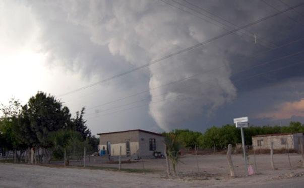 Tornado del 15 de Mayo de 2008 en el Ejido Piedras Negras.